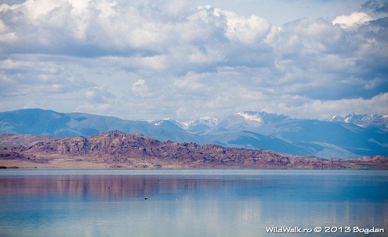 Lake Achit
