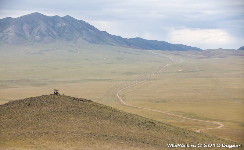 view from Ulaan Zuuhyn pass to Ulaan pass