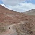 Mergem spre pasul Kyzyl Art, granita dintre Kyrgyzstan si Tajikistan