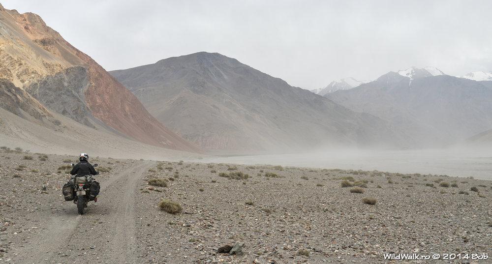 Furtuna de nisip pe Valea Bartang, Tajikistan