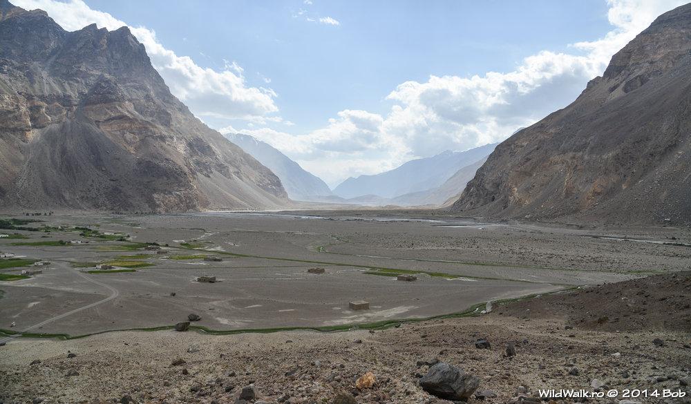 Satul Ghudara pe Valea Bartang, Tajikistan