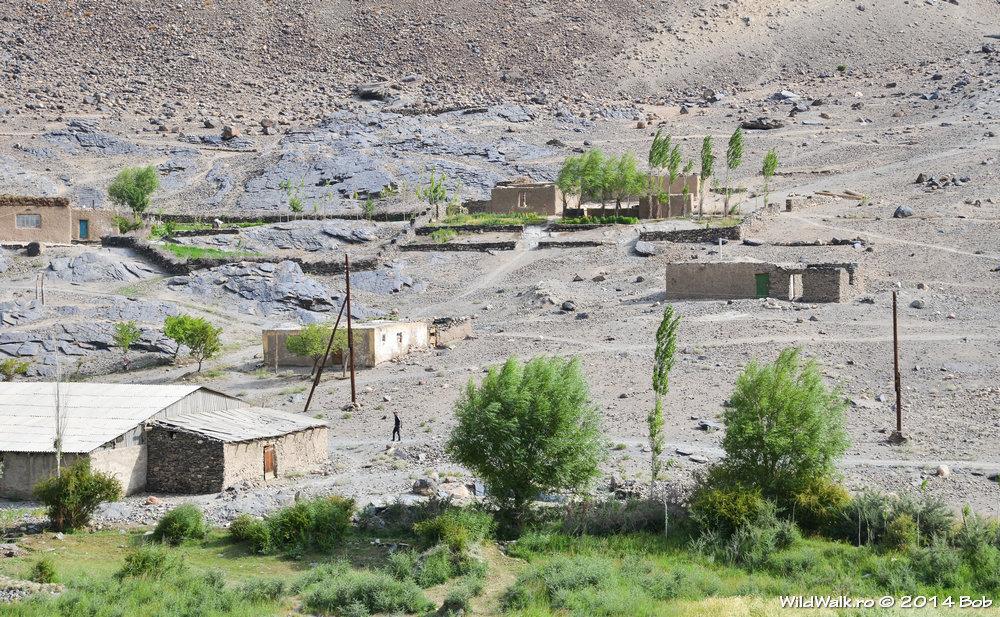 Satul Savnog, Valea Bartang, Tajikistan