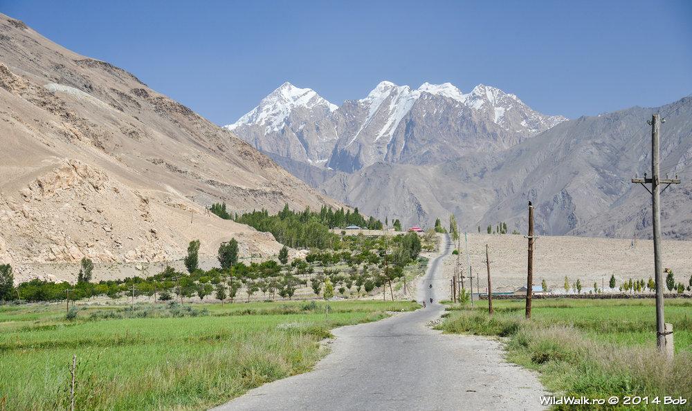Soseaua spre Ishkashim, Tajikistan